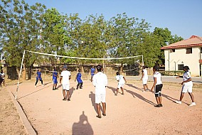 Girls Volley-ball training
